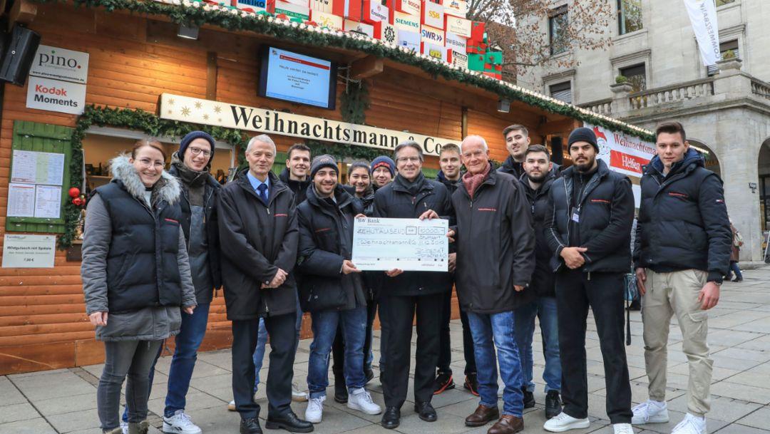 Porsche spendet 10.000 Euro an Weihnachtsmann & Co
