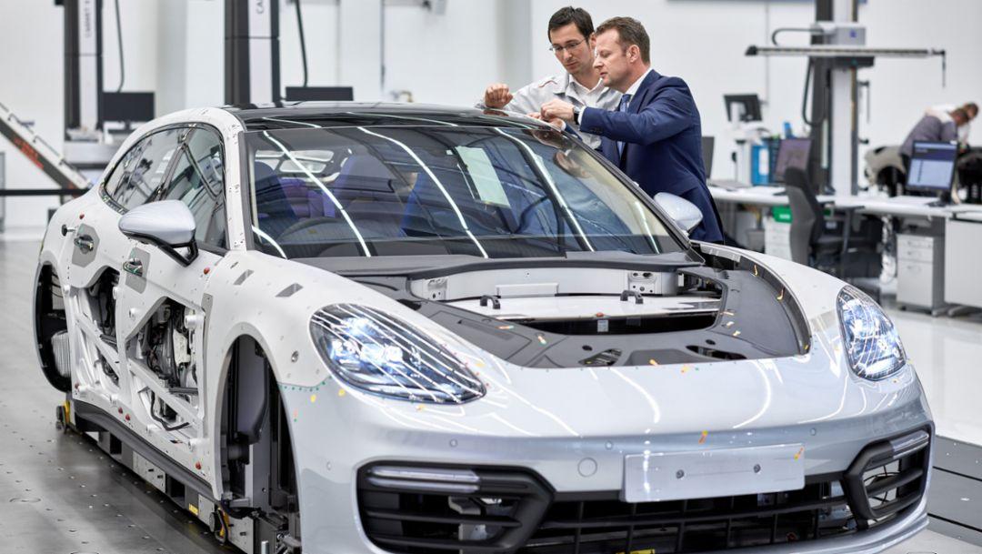 Gerd Rupp, Vorsitzender der Geschäftsführung im Porsche-Werk Leipzig, 2017, Porsche AG