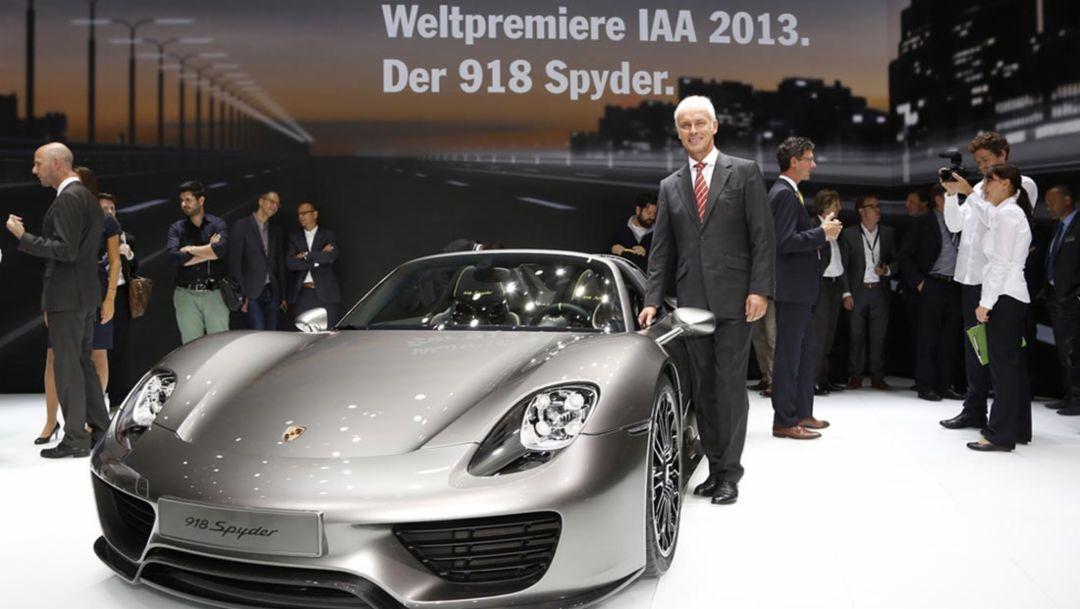 Matthias Mueller, CEO, 918 Spyder, International Motor Show, 2013, Porsche AG