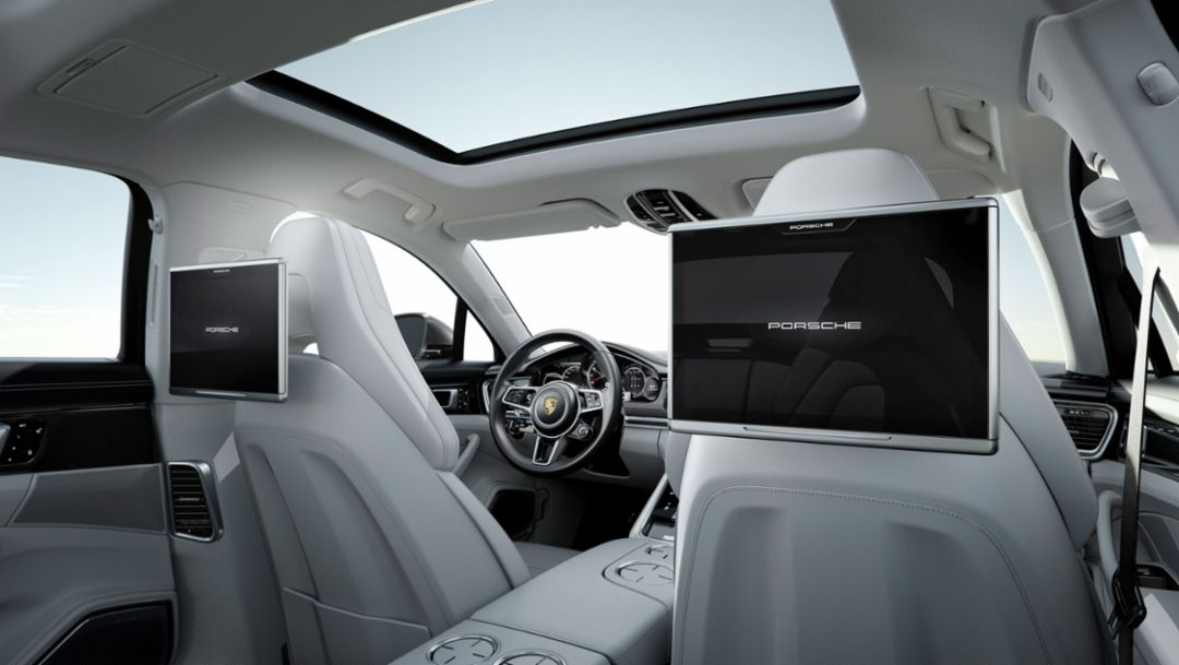 Exclusive Panamera - Porsche Rear Seat Entertainment (EN)