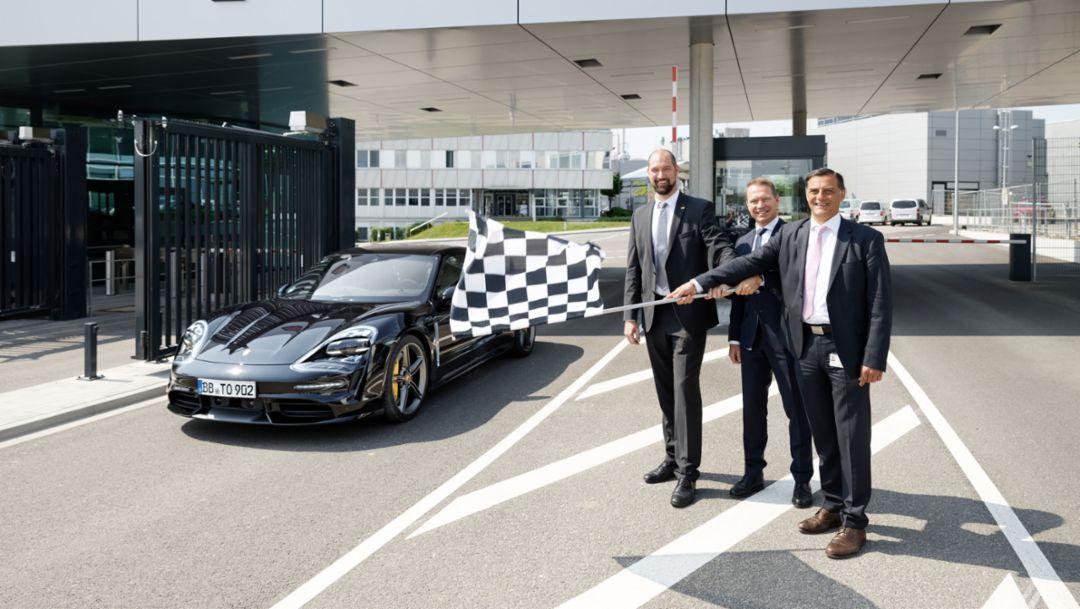 Nordpforte des Porsche Entwicklungszentrums Weissach eröffnet
