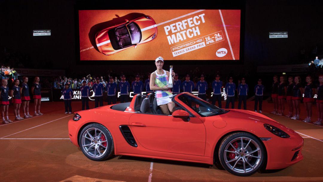 Angelique Kerber, Porsche Brand Ambassador, 718 Boxster S, Porsche-Arena Stuttgart, Porsche Tennis Grand Prix 2016, Porsche AG