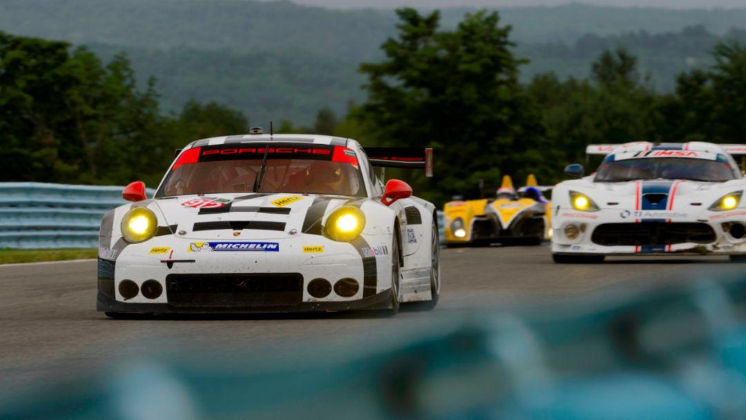 Porsche North America: Jörg Bergmeister, Earl Bamber, Porsche 911 RSR, Watkins Glen 2015, Porsche AG