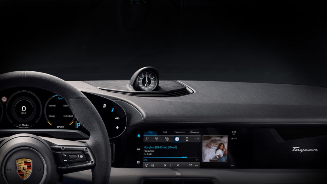 Benchmark in-car entertainment: Porsche Taycan adds Apple Music built-in