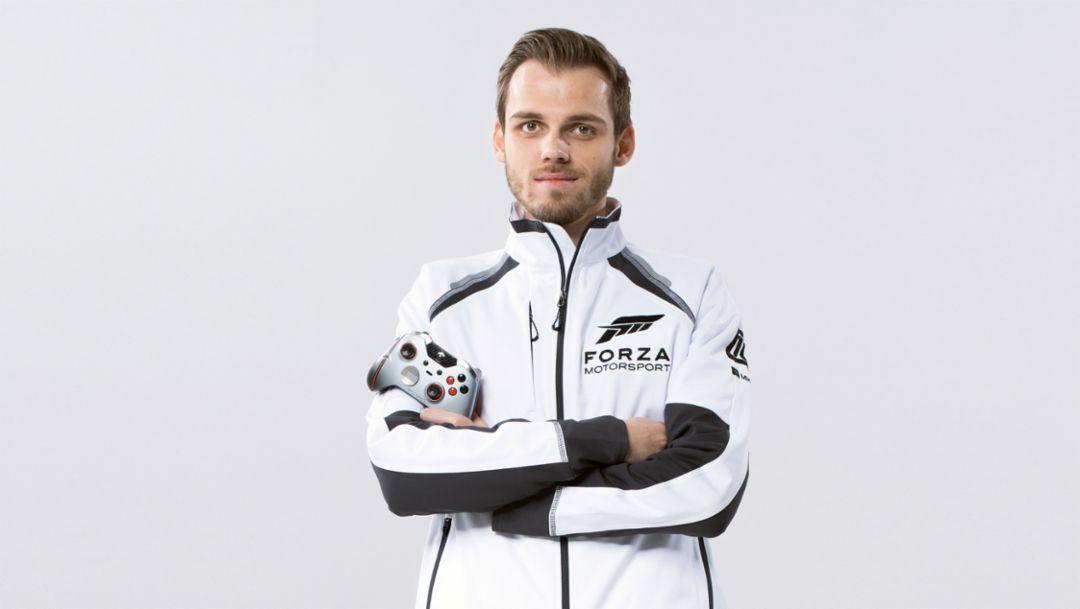 Niklas Krellenberg, professional racing gamer, 2018, Porsche AG