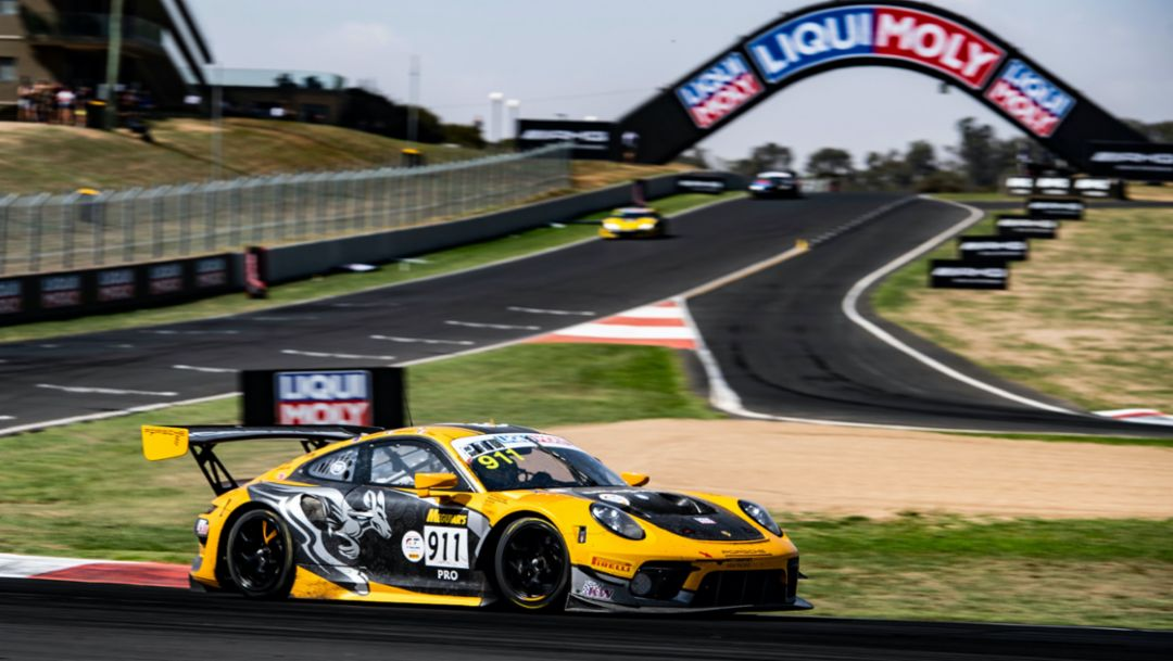 Best Porsche finishes fourth at Bathurst, victory in the Pro-Am class