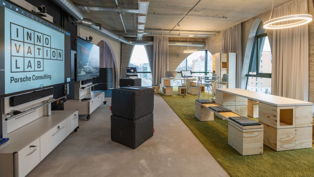 Porsche Consulting: three new offices and an innovation lab