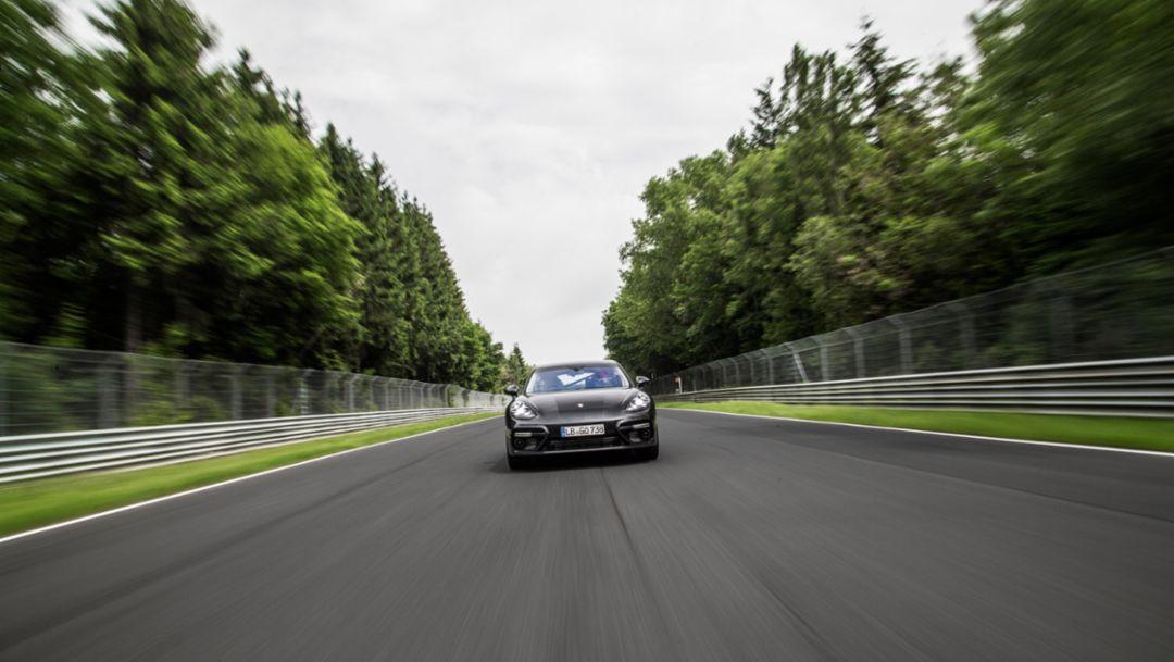 Panamera Turbo, Nordschleife Nürburgring, 2016, Porsche AG