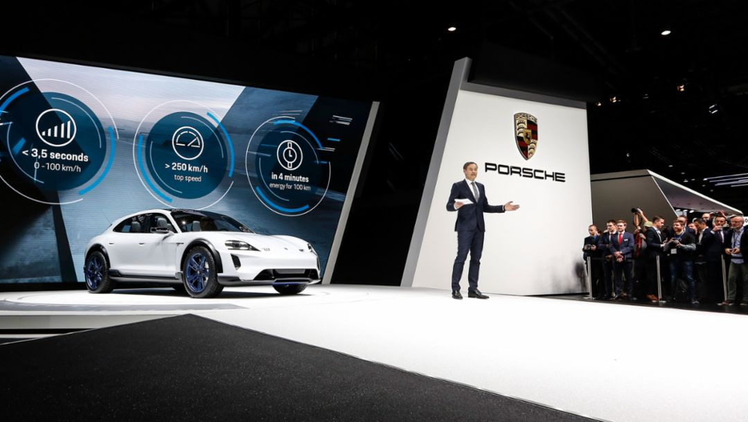 Porsche Mission E Cross Turismo: электромобиль для активного стиля жизни