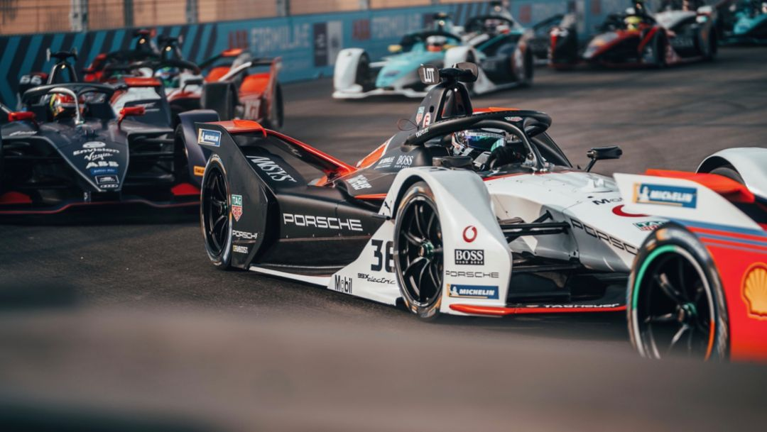 Encouraging start to the Formula E debut season for Porsche