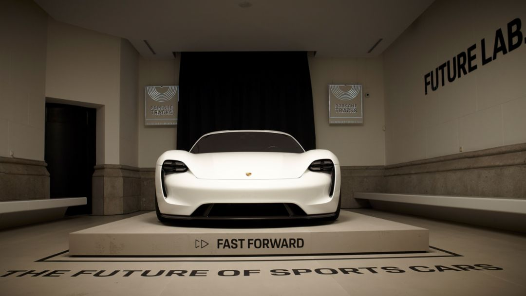 "Mission E, Pop-up-Store ""Porsche Tracks"", Madrid, Spanien, 2017, Porsche AG"