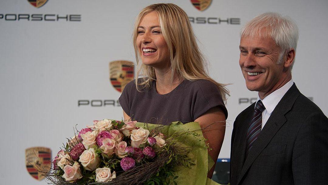 Maria Sharapova, brand ambassador, Matthias Mueller, CEO, 2014, Porsche AG