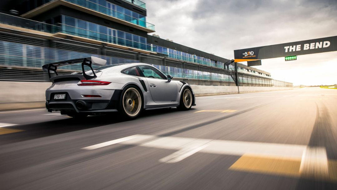Setting the bar high – 911 GT2 RS around The Bend
