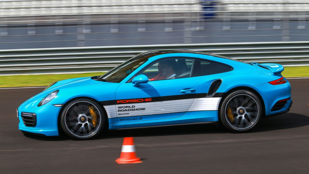 911 Turbo S, Porsche Driving Experience, Sepang, Malaysia, 2017, Porsche AG