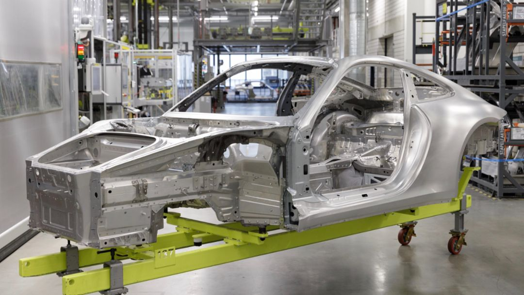 Production workshop Porsche 911, 2019, Porsche AG