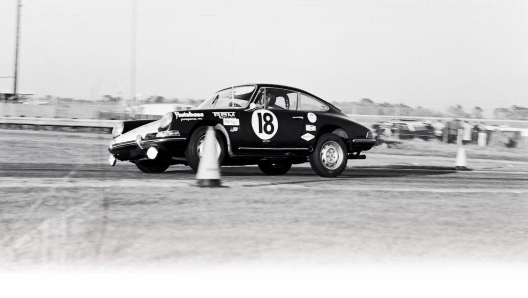 911, 1966, Porsche AG
