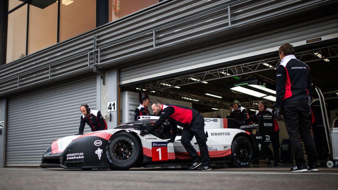 Porsche hybrid race car is faster than Formula One