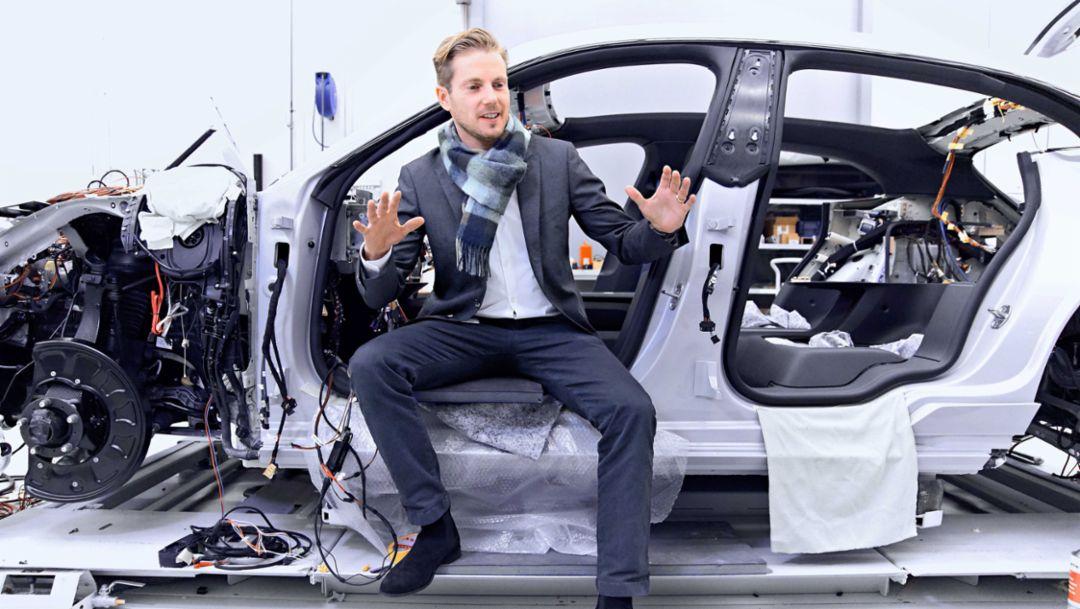 Ivo van Hulten, Director of Interior Design and Style at Porsche, Mission E Cross Turismo, 2018, Porsche AG