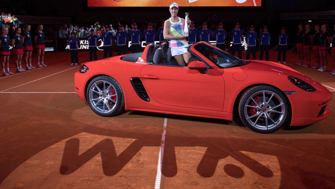 Angelique Kerber, Porsche-Markenbotschafterin, 718 Boxster S, Porsche-Arena Stuttgart, Porsche Tennis Grand Prix 2016, Porsche AG