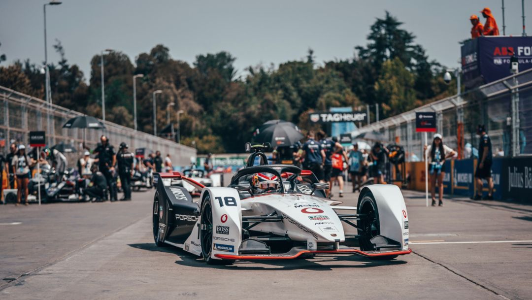 TAG Heuer Porsche Formula E Team out of luck at the race in Chile