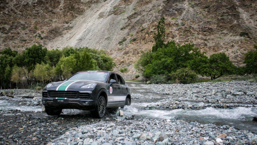 Cayenne S E-Hybrid, Pakistan, 2017, Porsche AG