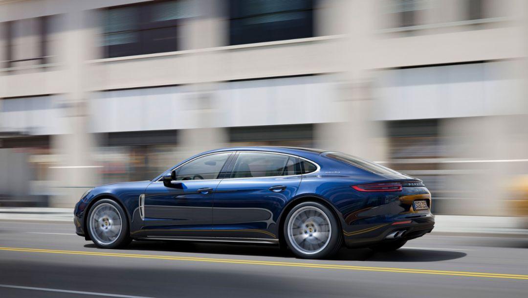 Panamera 4S Executive, 2016, Porsche AG