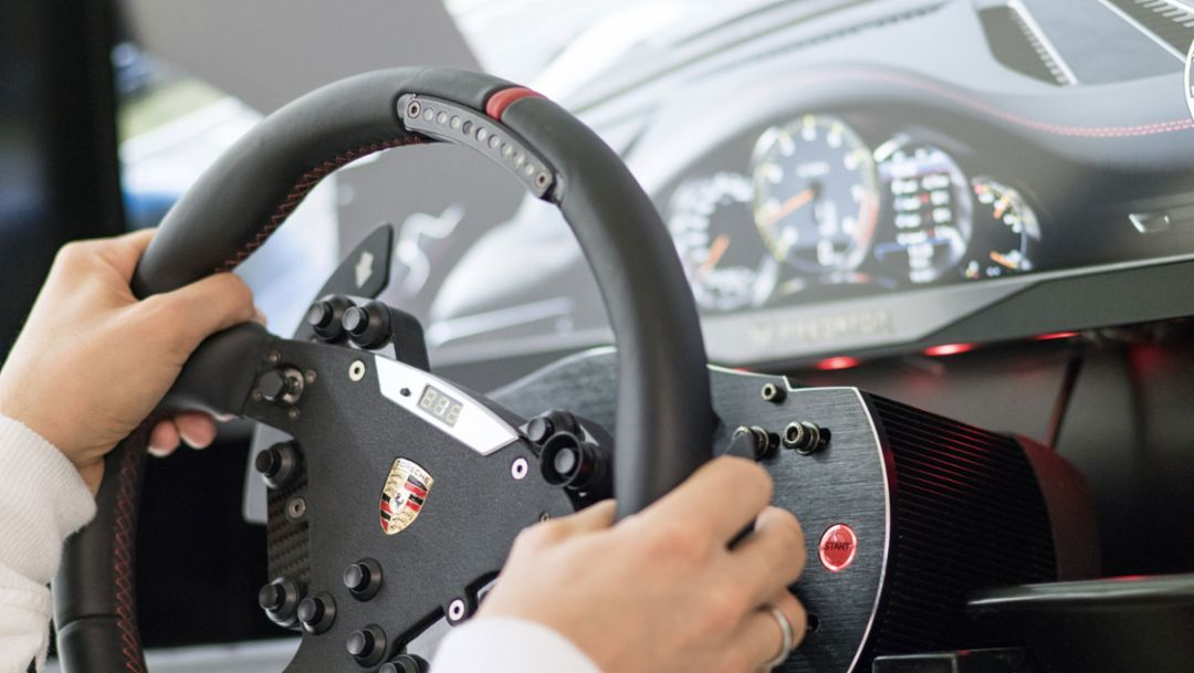 Steering wheel, 2018, Porsche AG