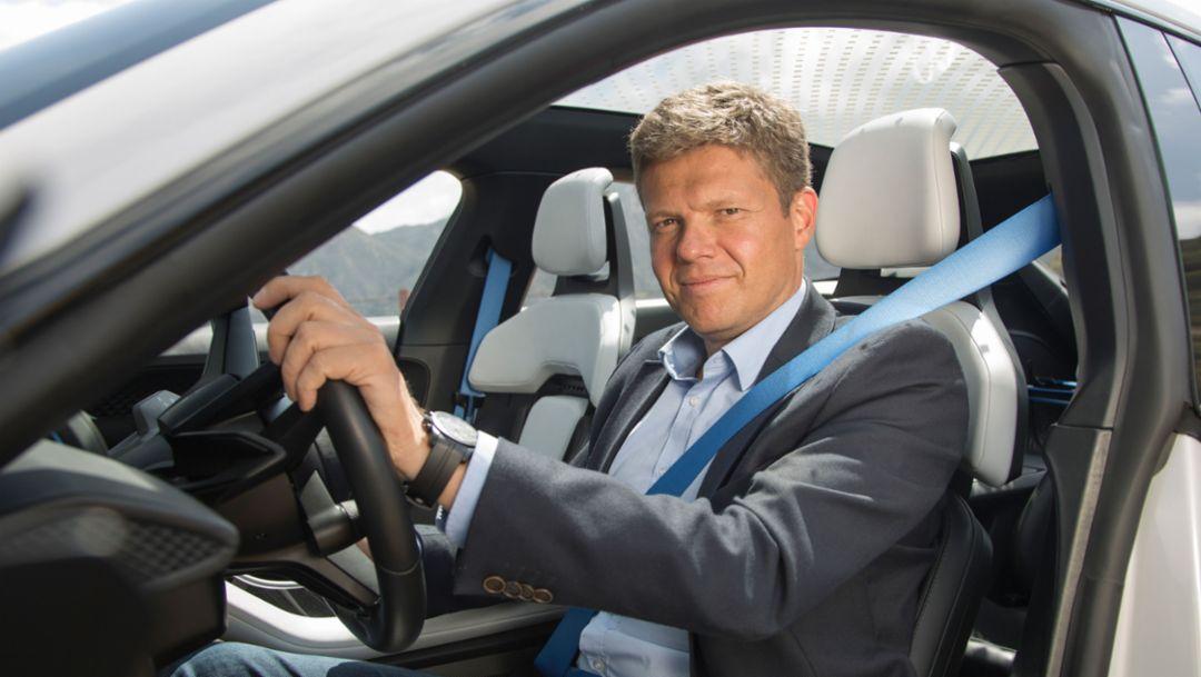 保时捷纯电动车项目副总裁 Dr. Stefan Weckbach