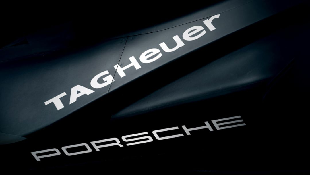 TAG Heuer становится титульным спонсором команды Porsche в Формуле Е и партнером в области хронометража