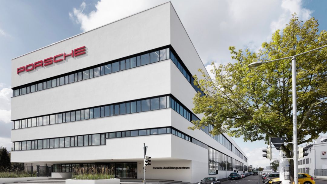 Porsche training center, Zuffenhausen, 2017, Porsche AG