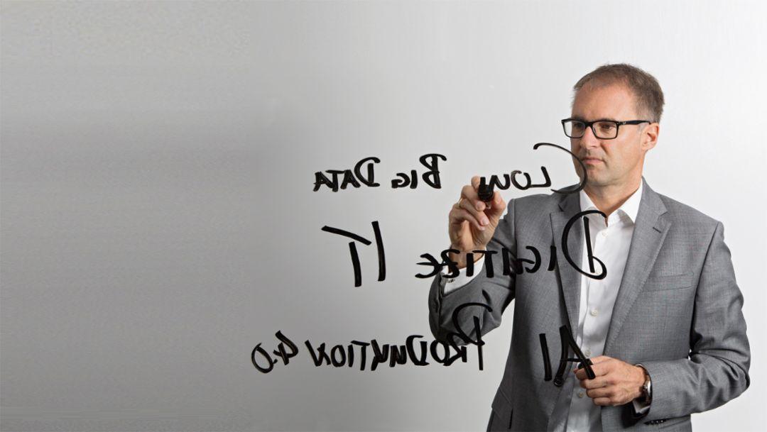 Dr Sven Lorenz: Riding the digital wave