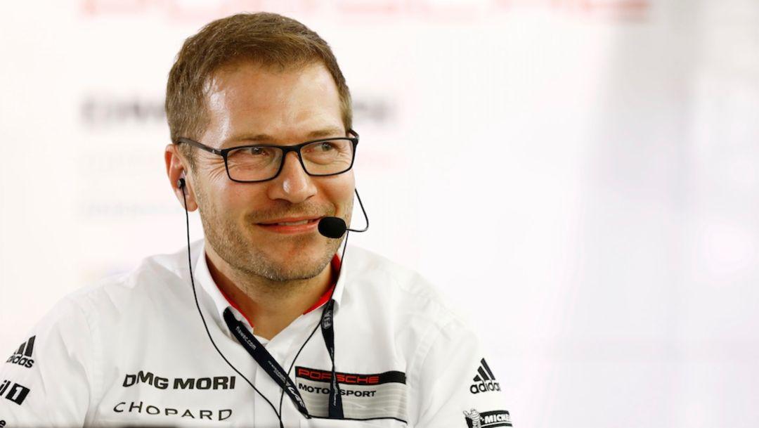 Andreas Seidl, Teamchef Porsche LMP Team, WEC, Bahrain, 2017, Porsche AG