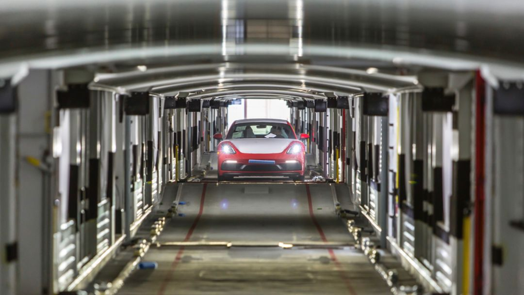 Logistics transport: Porsche is reducing CO2 emissions
