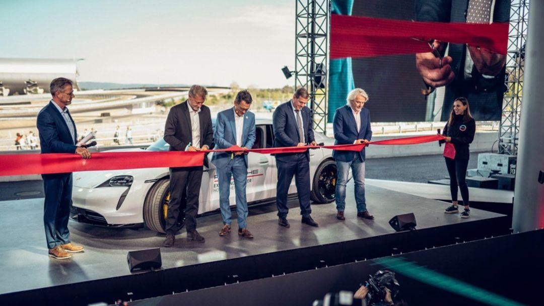 霍根海姆赛道保时捷体验中心正式开业