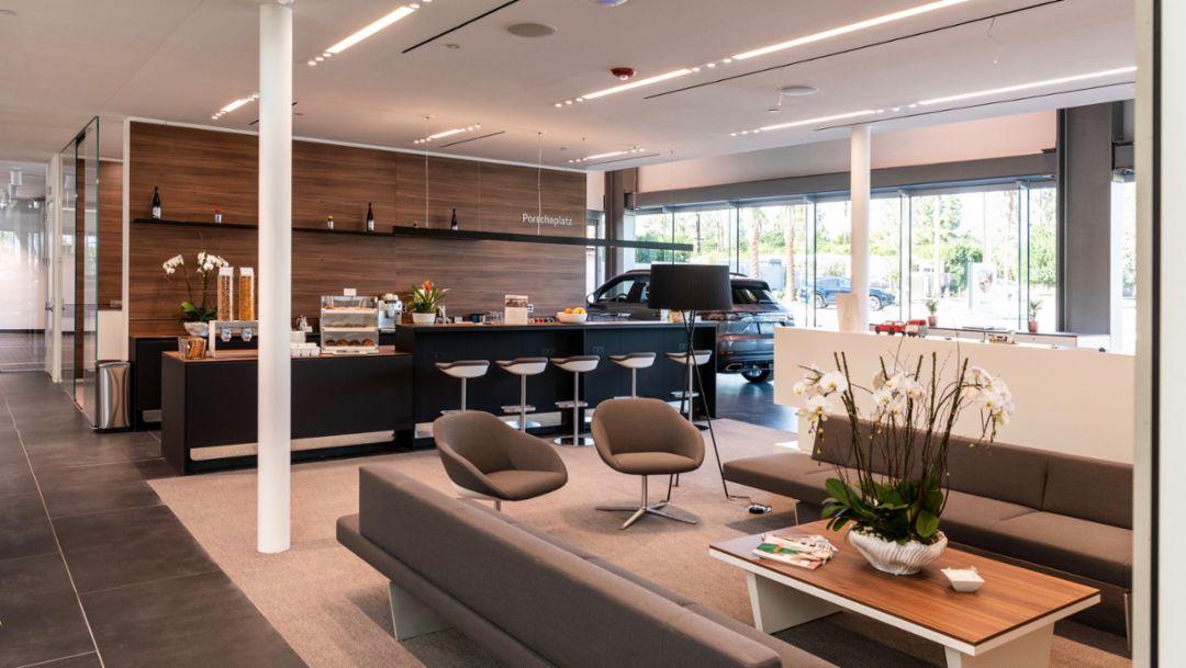 Prototyp der Corporate Architecture für Porsche Zentren, Palm Springs, 2019, Porsche AG