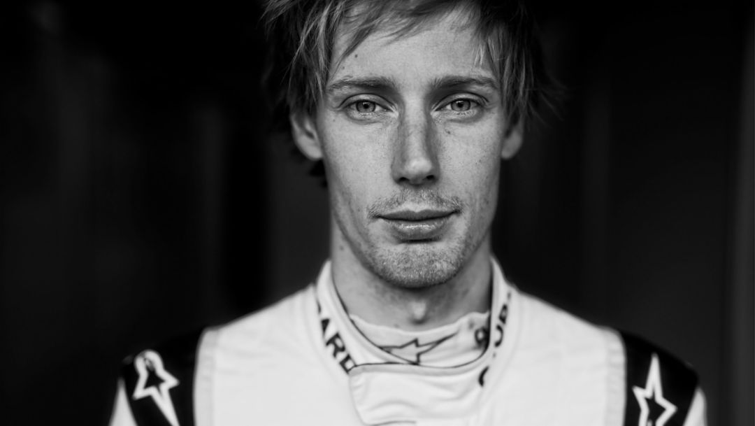 Brendon Hartley, LMP works driver, 2017, Porsche AG