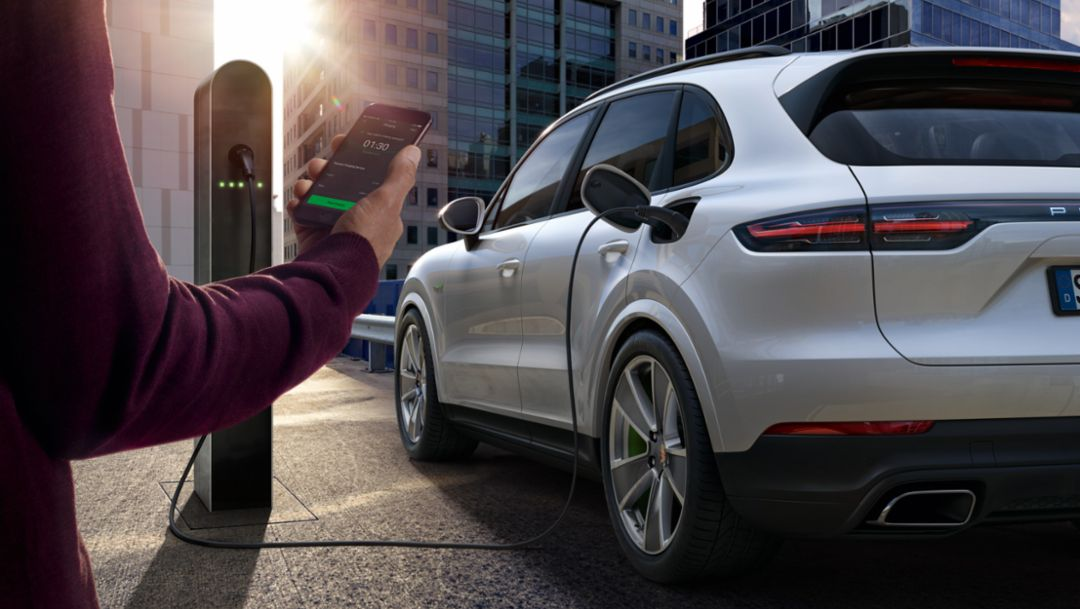 Porsche Charging Service with more than 49,000 charging points