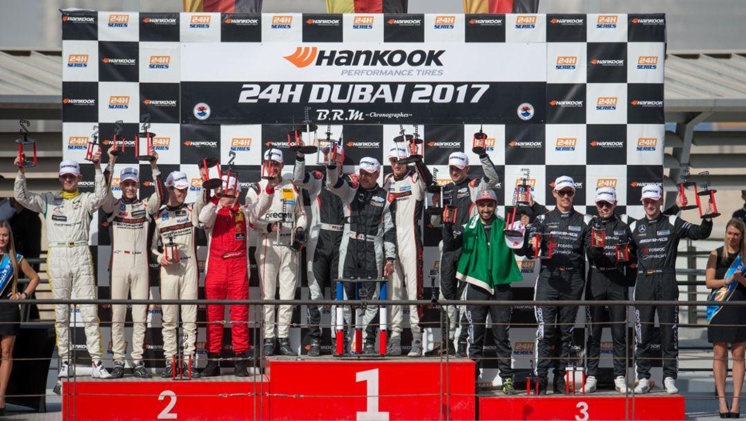 Podium, Intercontinental GT Sport, Dubai, 2017, Porsche AG