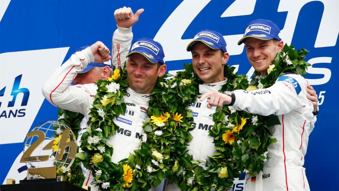 Nick Tandy, Earl Bamber, Nico Hülkenberg, Works driver, (l-r), Le Mans, 2015, Porsche AG