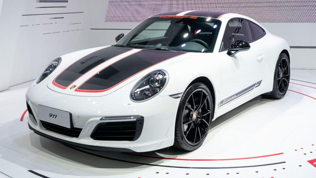 新款 911 亚洲保时捷卡雷拉杯15周年限定版
