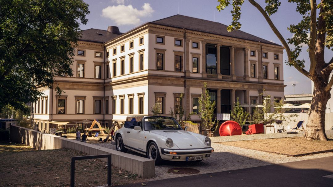 911 Carrera 3.2 Cabriolet (1984), Wilhelmspalais, Stuttgart, 2018, Porsche AG