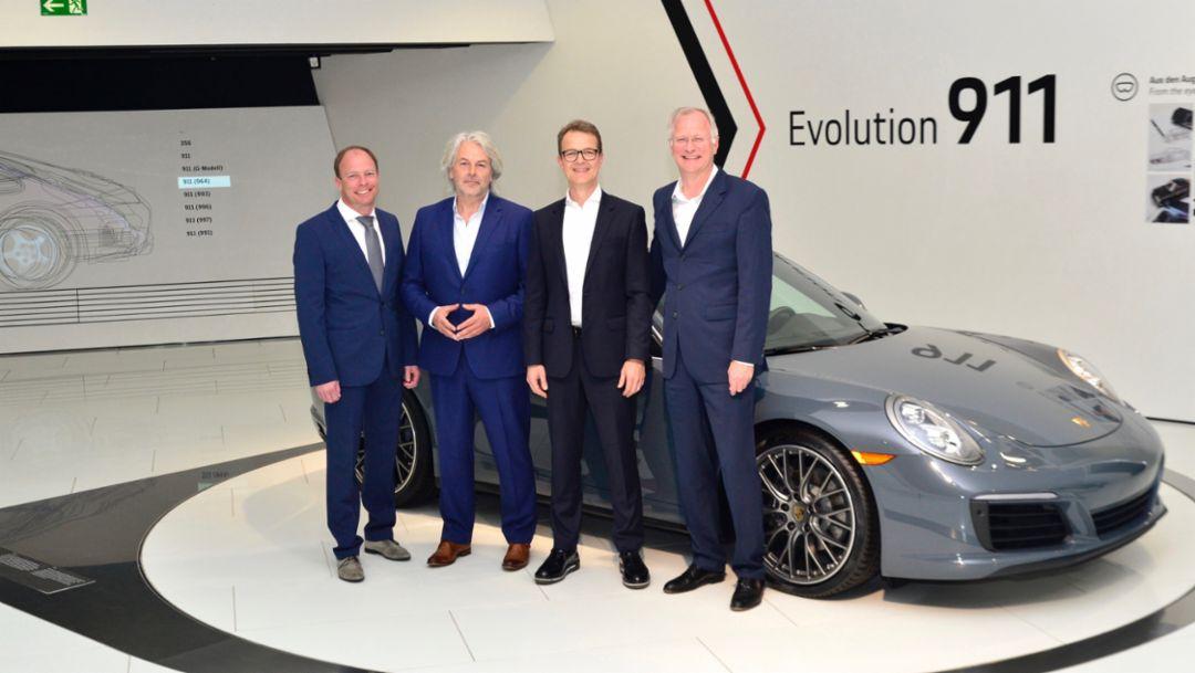 Vertreter der emodrom Group und Porsche AG, 2018, Porsche AG