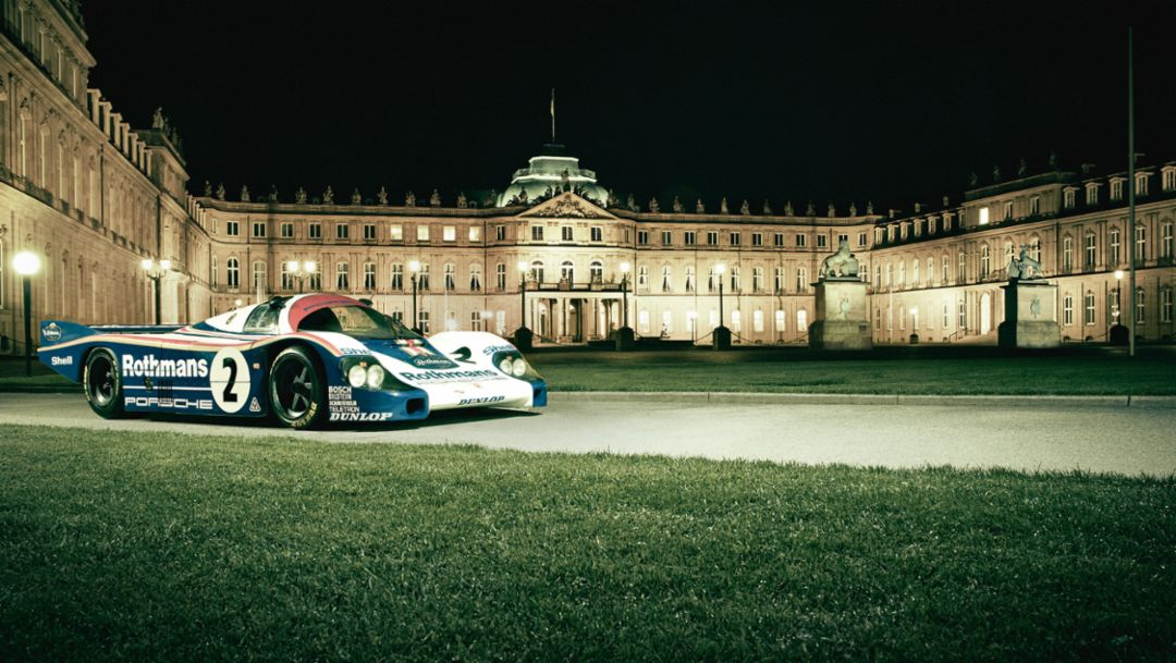 Once the residence of kings and princes, the Porsche 956 C pays a visit to the Neues Schloss in Stuttgart