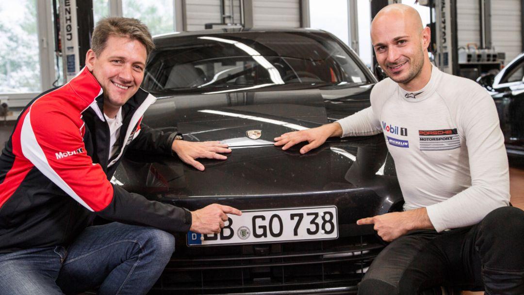(l.-r.) Dr. Gernot Doellner, Leiter Baureihe Panamera; Lars Kern, Test- und Entwicklungsfahrer; Porsche AG 2016