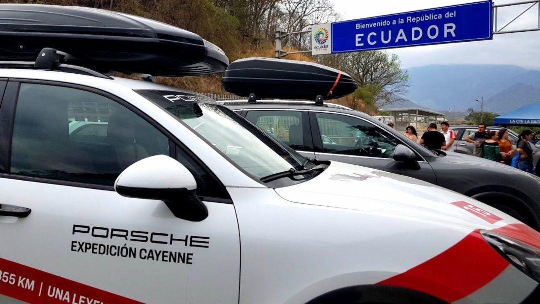 Cayenne S, Expedicion Cayenne, border crossing between Peru and Ecuador, 2018, Porsche AG
