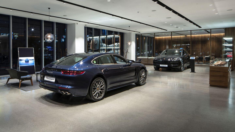 Panamera 4S, Porsche Studio Cheongdam, Seoul, 2019, Porsche AG