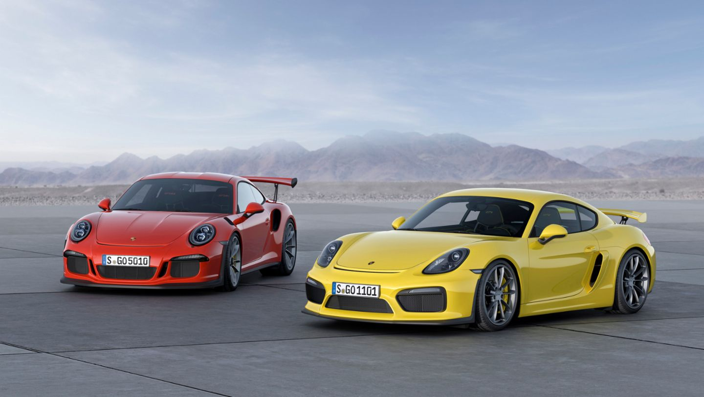 Debut For Porsche Cayman Gt4 And 911 Gt3 Rs