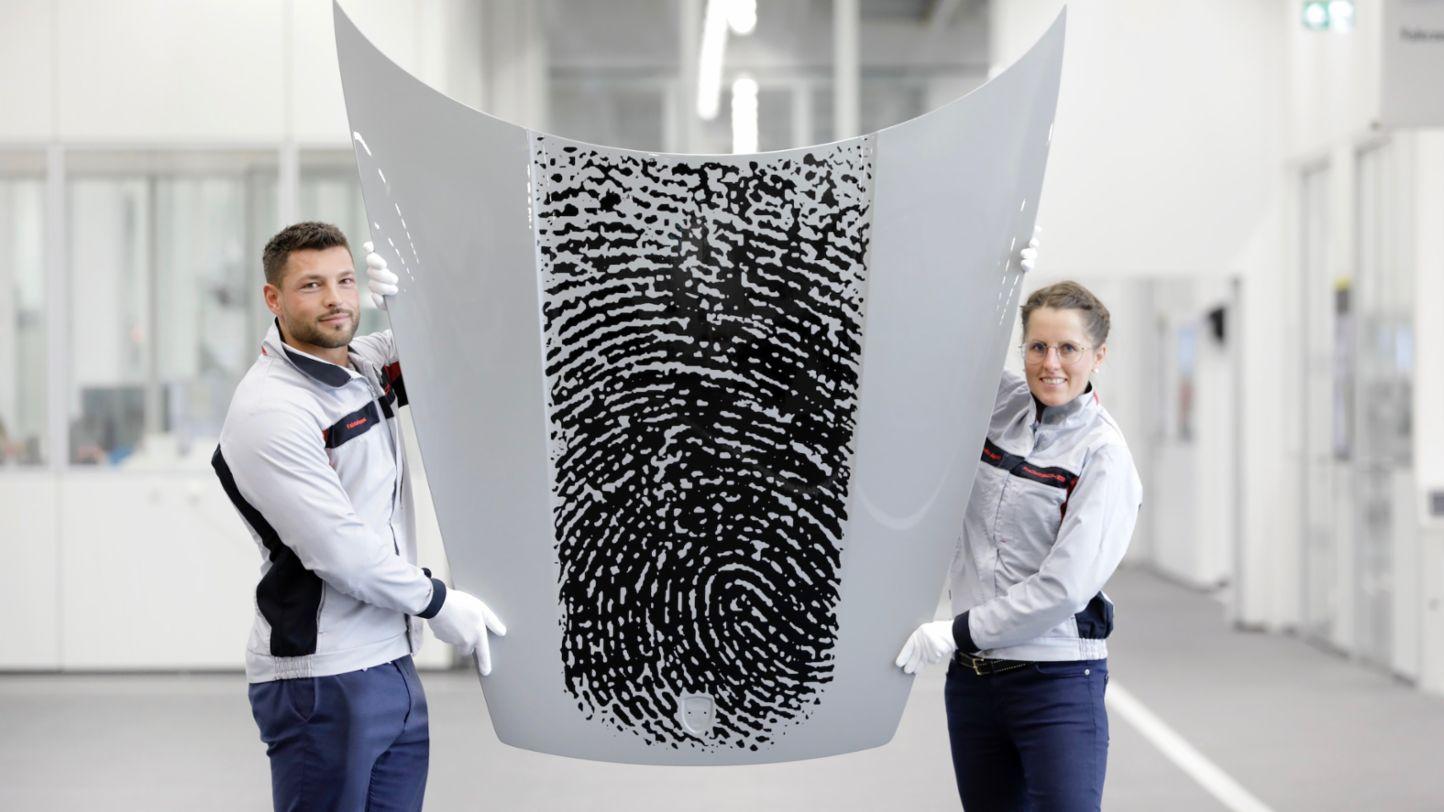 Porsche project team, Direct printing method, Zuffenhausen training centre, 2020, Porsche AG