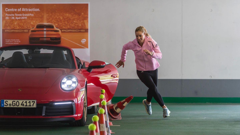 911 Carrera 4S Cabriolet, Angelique Kerber, Porsche Tennis Grand Prix, Parking Challenge, 2019, Porsche AG