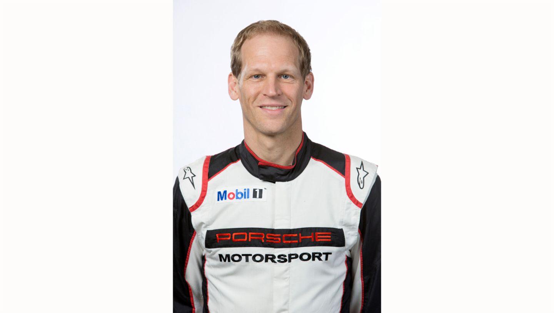 Jörg Bergmeister, works driver, 2017, Porsche AG